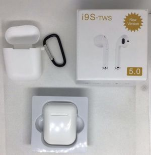 Wireless EarPods earphones easy to connect, great sound for $20 dollars.. for Sale in Moreno Valley, CA