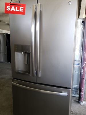 🚀🚀🚀Ice and Water Refrigerator Fridge GE Free Delivery #1352🚀🚀🚀 for Sale in Fontana, CA