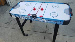 Air Hockey Table for Sale in Dearborn Heights, MI
