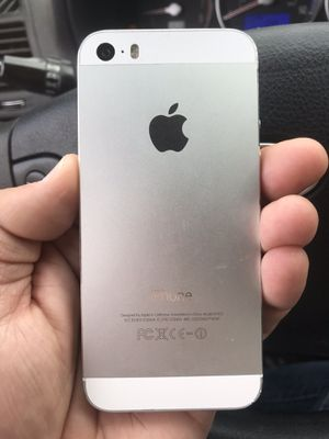 Sprint / Boost iPhone 5S 16GB Silver Clean ESN. Fully functional. 2 available. for Sale in Portland, OR