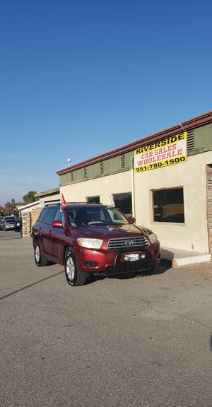 2008 Highlander3 rows, 9995$ or 395 down! for Sale in Riverside, CA