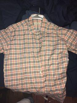 Large Burberry shirt for Sale in Murfreesboro,  TN