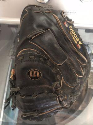 Wilson a2000 baseball glove mitt for Sale in Lomita, CA