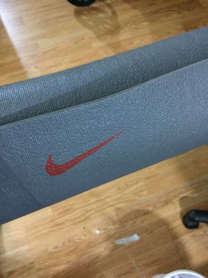 Nike yoga Mat. 2'X6'feet. Used. Good condition for Sale in Santa Monica, CA