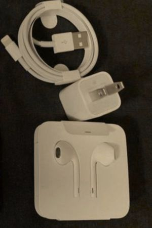 Original apple iPhone charger and headphones wired for Sale in Hayward, CA