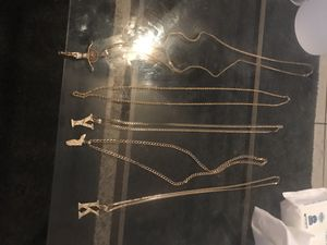 Chains for sell 14k gold for Sale in Tampa, FL