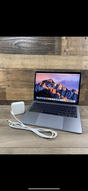 2017 MacBook Pro 13 inch screen for Sale in Chardon, OH