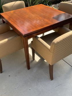 Table And Chairs for Sale in Anaheim,  CA