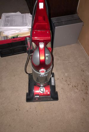 Hoover Wind tunnel pro Vacuum for Sale in Orlando, FL