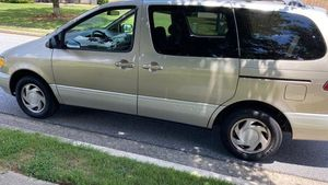 2000 toyota sienna for Sale in Lawrenceville, GA