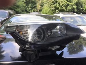 2008 BMW 535i - HEADLIGHT and FENDER for Sale in Kent, WA