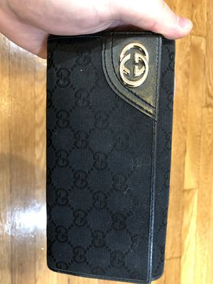 Gucci Wallet for Sale in Winchester, MA