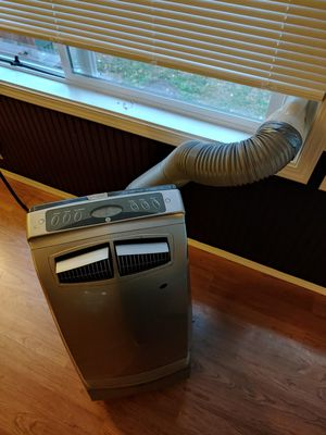 GE Portable AC Unit - Grear Working Condition - ICE Cold! for Sale in Orting, WA
