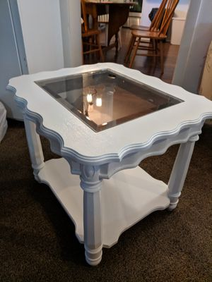 Vintage End Table with Glass Top for Sale in Salt Lake City, UT