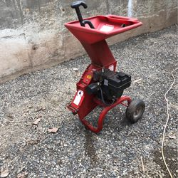 Chipper/Shredder for Sale in Vancouver,  WA