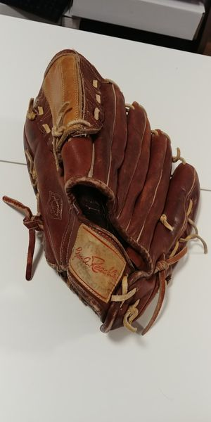 Rare Vintage Geo. A. Reach Co. Model M89 Baseball Glove - fits right hand for Sale in Chicago, IL