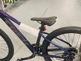 """TREK Marlin 5 Brand New Bike 27.5"""" With New Bottle Holder for Sale in Rockville,  MD"""
