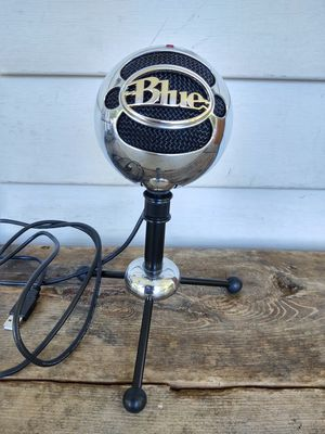 Blue Snowball Microphone for Sale in Fort Defiance, VA