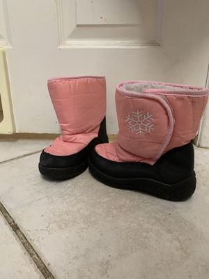 Little girls snow boots for Sale in Chandler, AZ