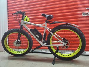 CUSTOM MADE ELECTRIC BICYCLE Front Wheel Drive for Sale in Pompano Beach, FL