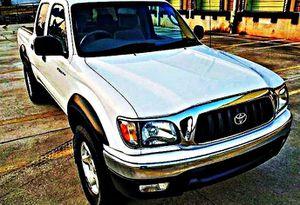 ֆ14OO 4WD Toyota Tacoma Clean for Sale in Pasadena, CA