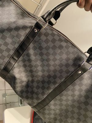 Louis Vuitton duffle bag used for Sale in Buffalo, NY
