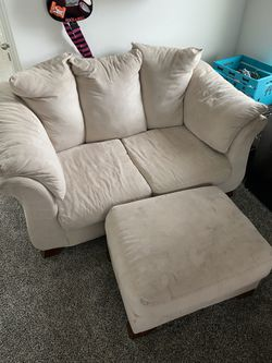 Couch, Loveseat, and Ottoman for Sale in Eagle Mountain,  UT