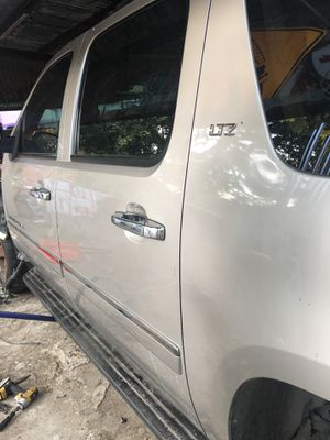 Chevy suburban parts for Sale in Houston, TX