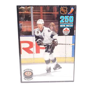 Vintage 1992 Wayne Gretzky Jigsaw Puzzle NHL 250 Pieces Canada Games New Sealed! $25 OBO! for Sale in Seattle, WA