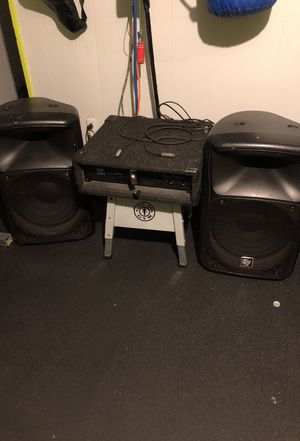DJ Equipment Sound Speakers w Amp and cables for Sale in Philadelphia, PA