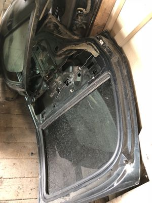 $1 2004 CHEVY TAHOE PARTS for Sale in Austin, TX