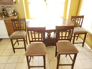 Living room furniture and a dining table and 4 chairs for Sale in Stone Mountain, GA