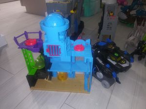 Imaginext houses 20 each for Sale in Hollywood, FL
