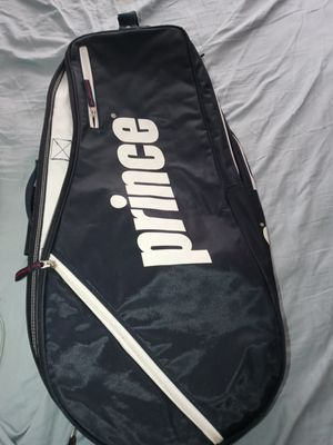 Tennis bag for Sale in Chicago, IL