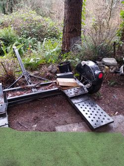 Tow Dolly for Sale in Kenmore,  WA