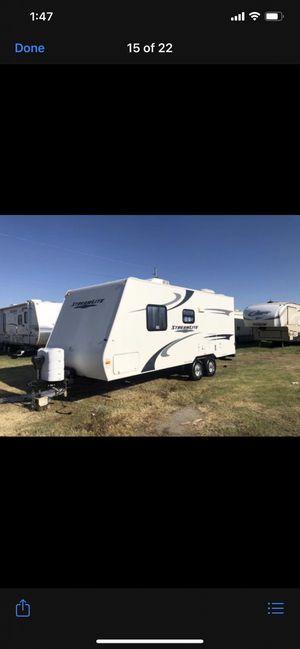 2010 Stream light travel trailer 22foot for Sale in Waddell, AZ
