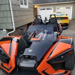 2027 polaris Slingshot SLR Top of The Line. for Sale in Aberdeen,  WA
