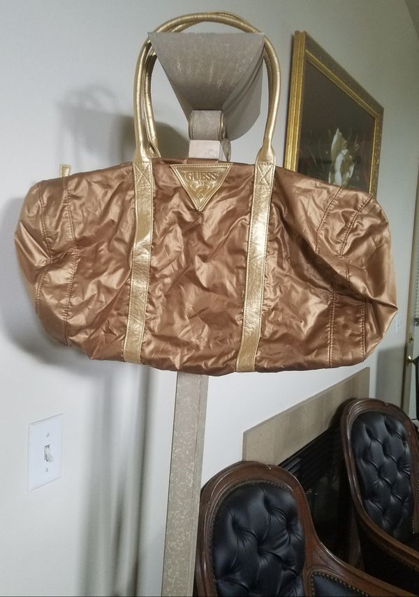 Guess )Women's Athletic Bag)