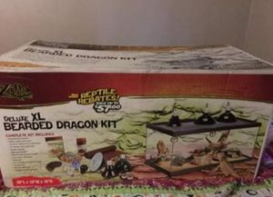 Zilla Deluxe XL Bearded Dragon Kit for Sale in Bellefontaine, OH