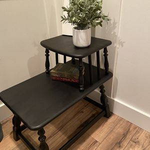 Antique Northwest Chair Company End Table for Sale in Amity, OR