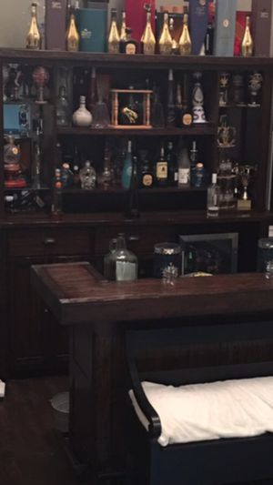 All oak wood bar with 2 bar stools paid 5500 for it for Sale in Riverside, CA