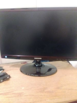 Gaming monitor 22 inch for Sale in Grants Pass, OR