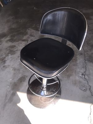 Barber chair for Sale in Long Beach, CA