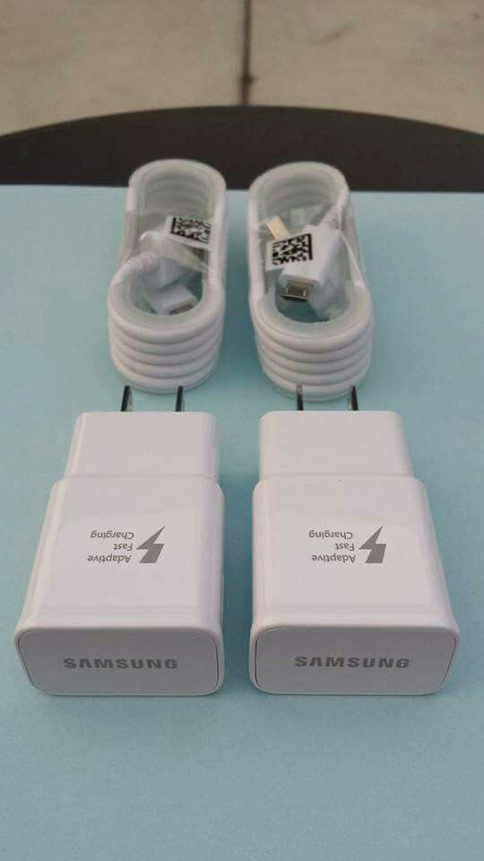2 Samsung Combos/2 Samsung Fast Chargers and 2 Car Chargers Brand New