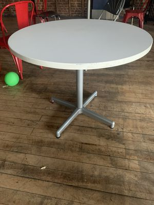 "36"" Round White Solid Top Office table for Sale in Newark, NJ"