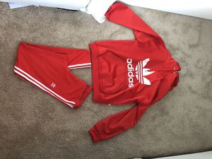 Brand New, Never worn ADIDAS 2-piece set! Both medium Size for Sale in Aldie, VA