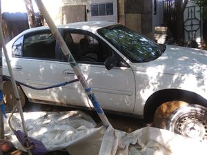 2004 Chevy Malibu for parts for Sale in Fresno, CA