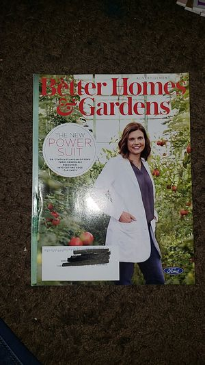 Better homes and garden magazine bundle for Sale in Fontana, CA