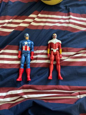 Captain America and Falcon RARE/Exclusive COLLECTABLE Action Figure for Sale in Wylie, TX