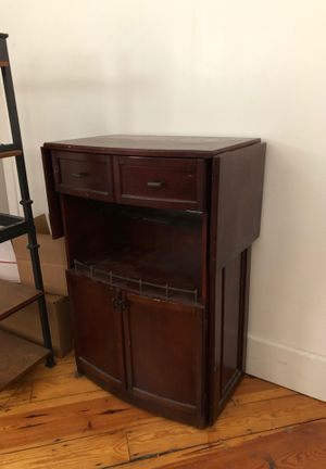 Bar and liquor cabinet for Sale in Cleveland, OH